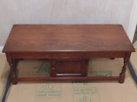 Old Charm Coffee Table - Oak - Tudor Brown