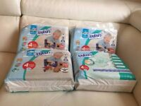 Baby nappies size 4 (7-18 kg)