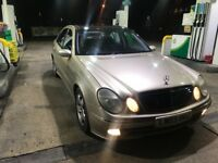 2004 Mercedes e320 pan roof fully loaded