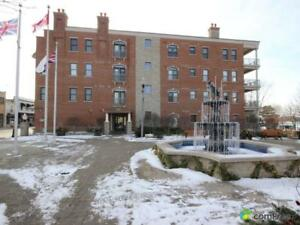 $424,500 - Condominium for sale in Amherstburg