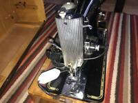 Old singer Vintange Sewing machine ( Electric)