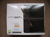 Nintendo DSI XL black is in immaculate condition with games