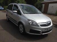 Vauxhall zafira 1.6 LOW MILES