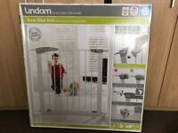 Lindam stair gate new condition with box