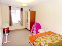 Double Bedroom sharing on Two Double Bedroom Flat