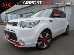 2014 Kia Soul Two-Tone / heated seats and steering/ Camera