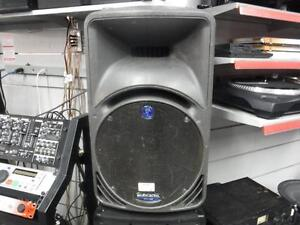 Mackie 12 Inch Active PA Speaker. We Sell Used Audio. 109566