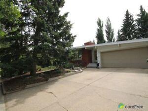 $399,999 - Bungalow for sale in St. Albert