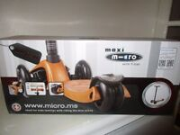 Maxi Micro scooter in Bronze Brand new in box new colour