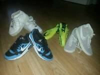 BOYS TRAINERS SIZE UK 4 VGC CAN POST