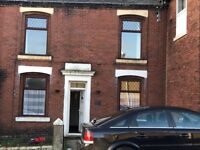 2 bed terraced house available immediately (close to town centre)