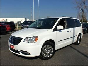 2016 Chrysler Town & Country TOURING-L**LEATHER**NAVIGATION**DUA