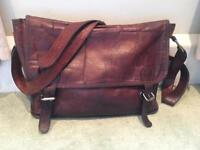 Vintage-look leather satchel / messenger bag - Scaramanga