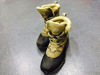 KARRIMOR Mens Walking Hiking Mountain Fell Boots Waterproof Size 9 / 43 Beige / Black RRP £59.95