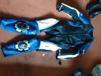 Race leathers, motorcycle boots