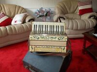 Settimio Soprani Accordion, great to learn on, nice and light with 36 bass buttons, italian