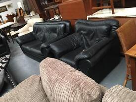 ** BLACK LEATHER SUITE FOR SALE **