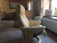 Stressless leather Recning chair and footstall