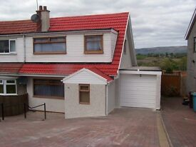 3 Bedroom Semi Detached Villa to Rent Moodiesburn