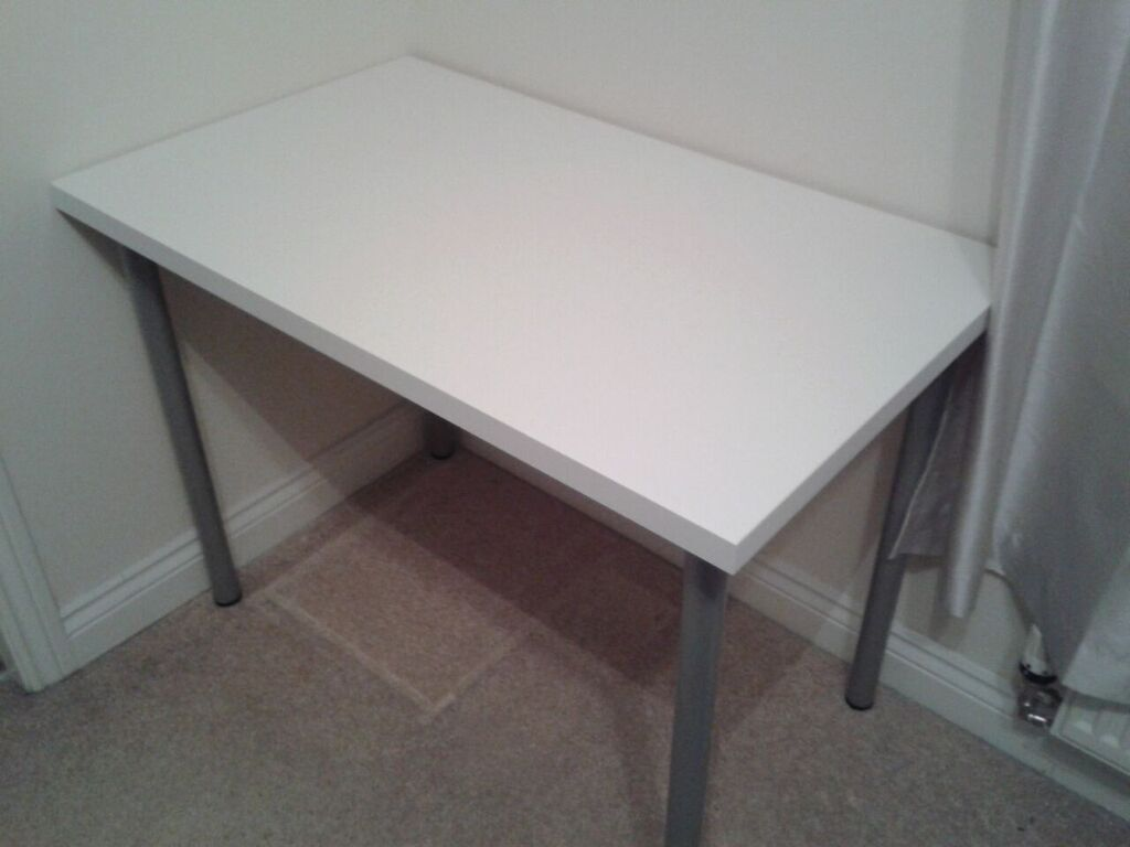 ikea linnmon table desk with adils legs white top silver legs in durham county durham. Black Bedroom Furniture Sets. Home Design Ideas