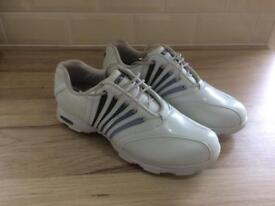 Lady's hi-tec golf shoes size 4 1/I'm ex condition only £5