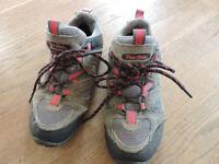 Peter Storm walking shoes UK3