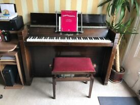 Piano to collect only