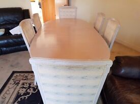 Italian Quality Dining Table with 6 Chairs