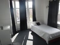 Beautiful good size room available in a converted shared property in desirable Compton Wolverhampton