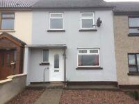 House Irish Street for rent, possible long term - £500 deposit, £125 per week - 41 Sheskin Gdns