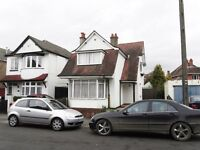 Beautifully presented 4 double bedroom, incredibly spacious house located only minutes from Talbot