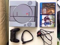Black Playstation 4 PS4 500GB with custom skin and games