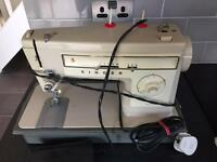 Singer 141 Capri Sewing Machine