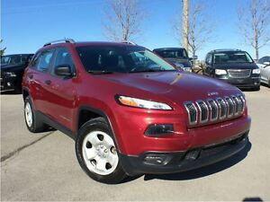 2015 Jeep Cherokee SPORT 4X4**COLD WEATHER GROUP**BACK UP CAMERA