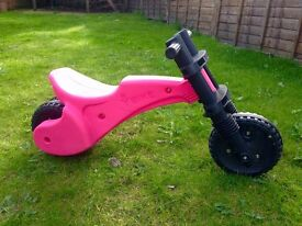 Pink Y-Bike in Excellent Condition