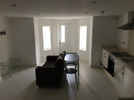 BEAUTIFUL, SPACIOUS, FURNISHED STUDIO FLAT NEAR EDGE LANE | 10 MINS FROM CITY CENTRE