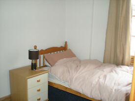 Re-advertised - Single room in 4 bed house central Kings Lynn near train station