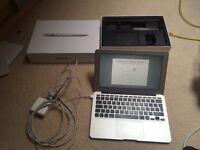 "MacBook Air 11"" 8gb RAM 128gb"
