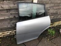Seat Leon FR MK2 TDI 170 passenger rear door in silver with glass 2005-2012
