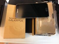 Samsung S5 ~ refurbished condition