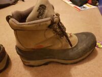 North Face Storm winter walking boots size 13