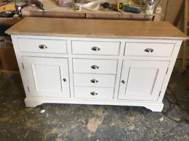 New oak sodeboard