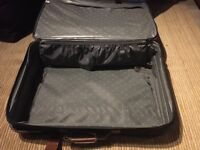 🌸holiday🌸large equator suitcase on wheels Dundee/deliver 🌸holiday🌸
