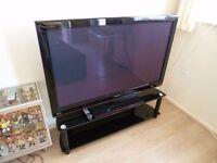 """Samsung 50"""" PLASMA tv with Samsung DVD player with 5 speaker surround sound"""