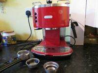 DeLonghi Coffee Maker. Excellent working condition