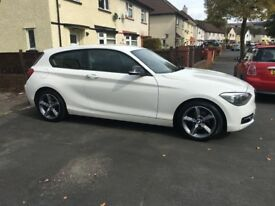 BMW 1 series 2.0l 116d sport - white