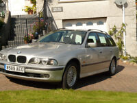 BMW520I SE Touring Car. Lovely car to drive - Loads of space inside and on roof rack