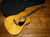 Yamaha FX-310 dreadnought electro acoustic with gig bag