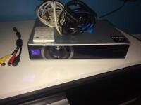 Sony 3LCD PROJECTOR 100£ 0NO