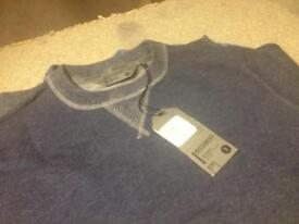 Dissident round neck jumpers